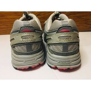 Saucony Shoes - Saucony Grid Aura TR6- Running Shoes